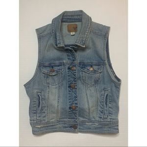 American Eagle Cropped Denim Vest Size Small